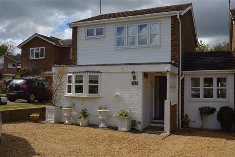 Eastmoor Park Harpenden 2 Bed Detached House For Sale 163