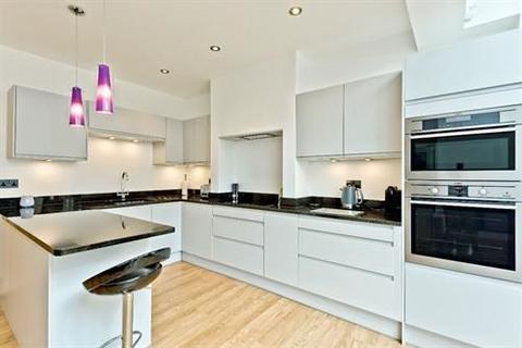 4 bedroom semi-detached house to rent - 12