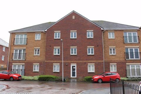 2 bedroom flat for sale - Moorland Green, Gorseinon