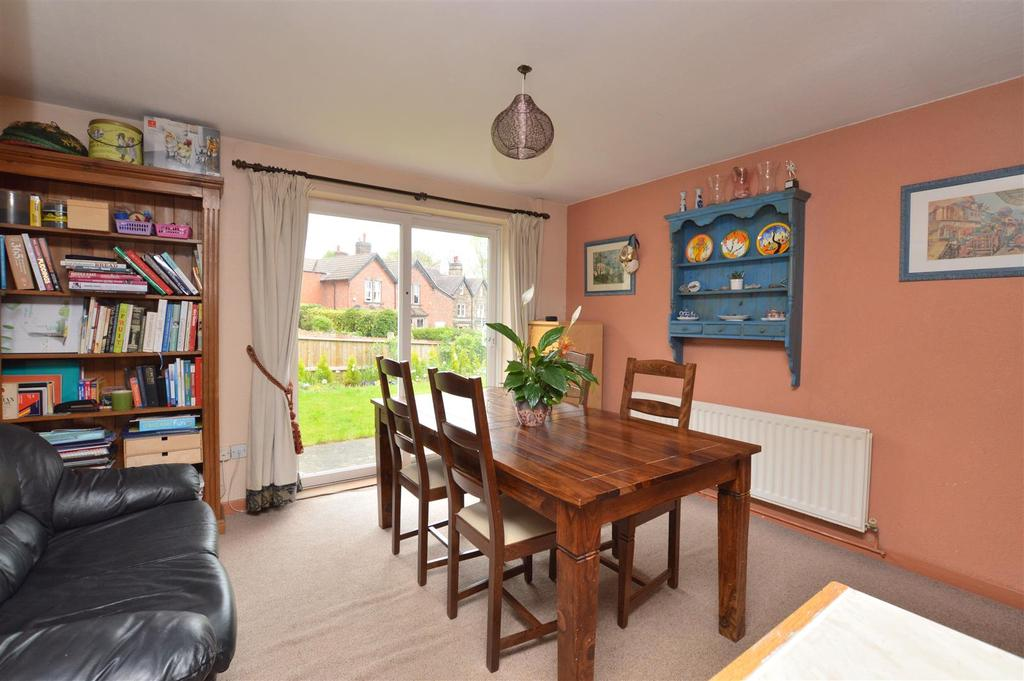 Holly Bank Off Castle Hill Duffield 4 Bed Detached House