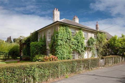 4 bedroom detached house to rent - High Street, Compton Chamberlayne