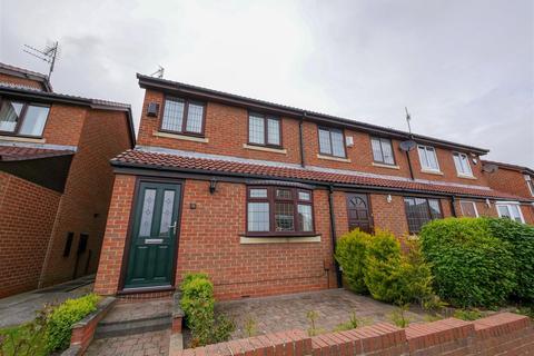 3 bedroom terraced house - Pendle Green, Barnes, Sunderland