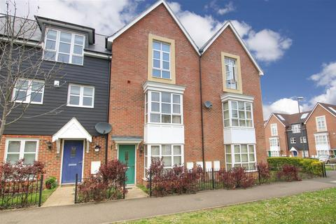 4 bedroom townhouse for sale - Stadium Approach, Aylesbury