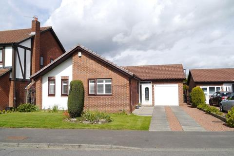 3 bedroom detached bungalow for sale - Westminster Way, Church Green, Little Benton, Newcastle Upon Tyne