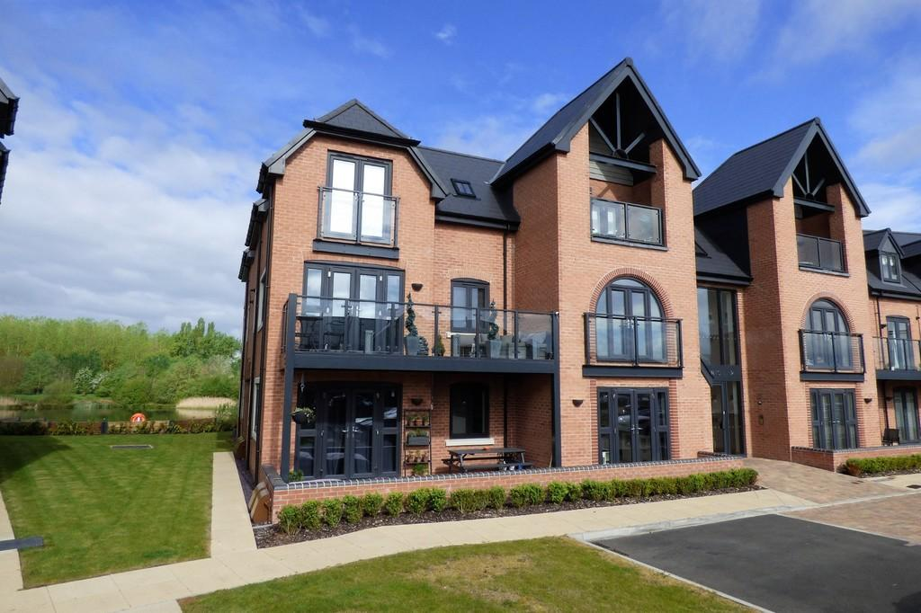 The Lakeside Barton Under Needwood 2 Bed Apartment For