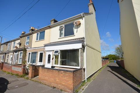 3 bedroom end of terrace house for sale - Bruce Street, Lowestoft