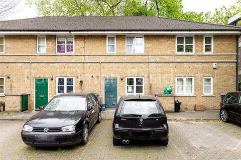 2 bedroom terraced house for sale - Brand Close, Seven Sisters Road, London, N4