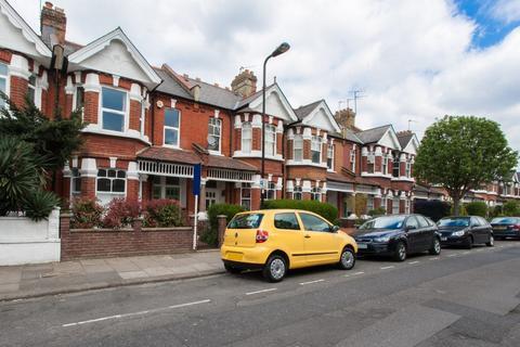 4 bedroom maisonette to rent - Valetta Road, Acton, W3