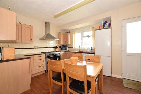 5 bedroom bungalow for sale - Cliff Path, Sandown, Isle of Wight