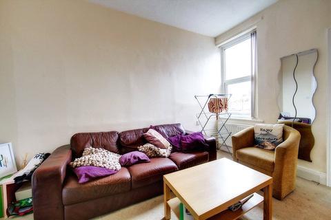 3 bedroom house to rent - Helmsley Road, Sandyford, NE2