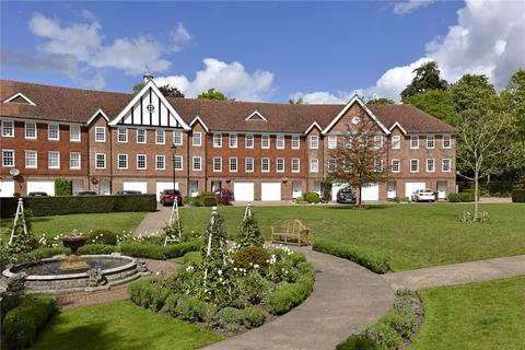 5 bedroom terraced house to rent - Queens Acre, Windsor, Berkshire, SL4