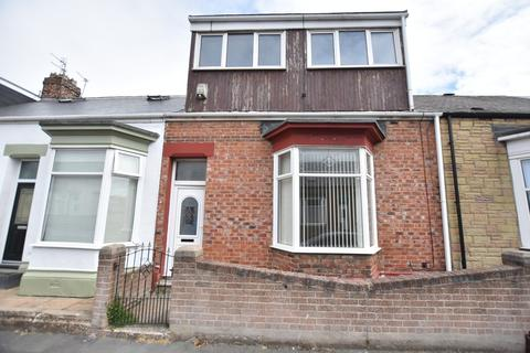 3 bedroom cottage for sale - Stansfield Street, Roker
