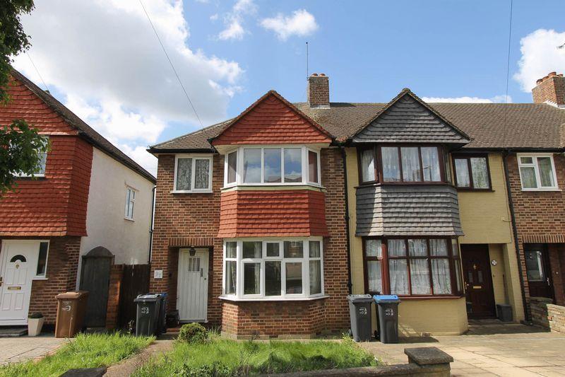 Kingsbridge Road Morden 3 Bed End Of Terrace House For