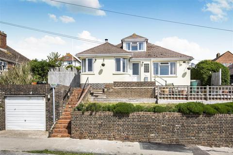 3 bedroom detached bungalow for sale - Hillcrest Road, Newhaven