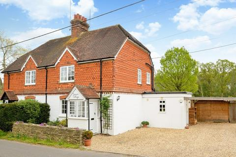 3 bedroom semi-detached house for sale - Chiddingfold