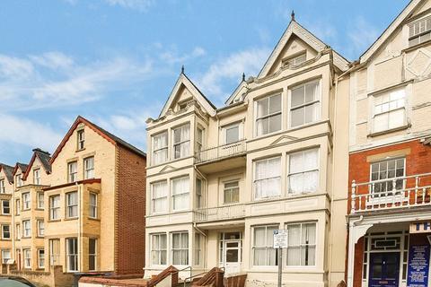 1 bedroom apartment for sale - High Street, Llandrindod Wells, LD1