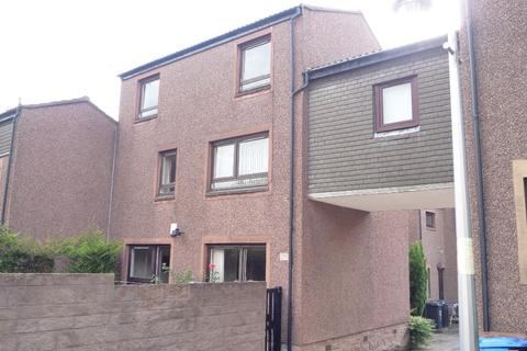 4 bedroom flat to rent - Tayfield Place, , Dundee, DD2 1DP