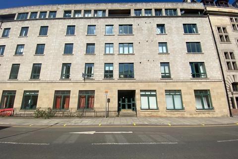 3 bedroom flat to rent - East Fountainbridge, Central, Edinburgh, EH3
