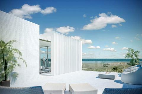 4 bedroom semi-detached villa - Sotogrande, Cadiz, Spain