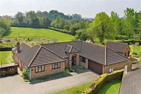 4 bedroom detached bungalow for sale - Butlins Lane, Roade, Northamptonshire