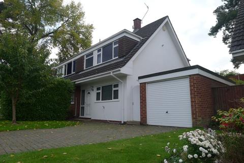 3 bedroom detached house to rent - Poole BH14