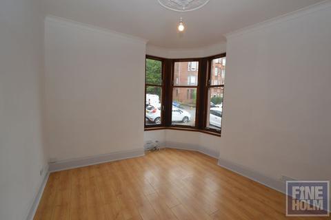 1 bedroom flat to rent - Auchentorlie Street, Thornwood, Glasgow, G11