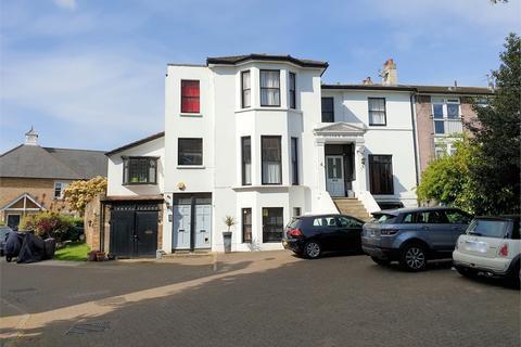 2 bedroom flat for sale - Ravensbourne Park, Catford, London, SE6 4XS