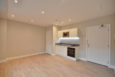Studio to rent - Swan House, Homestead Road, Rickmansworth, Hertfordshire, WD3 1FX