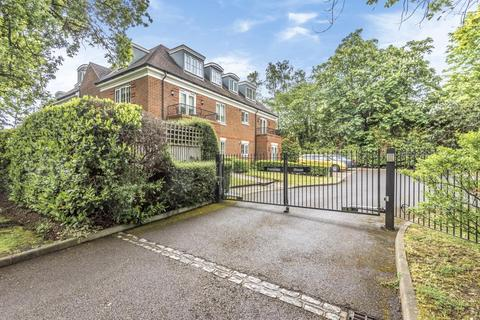 2 bedroom apartment to rent - London Road, Sunningdale, SL5