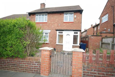 3 bedroom semi-detached house for sale - Rochford Road, Redhouse