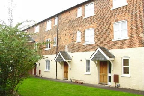 2 bedroom ground floor maisonette to rent - The Cloisters, Junction Road, Andover, SP10 3FX