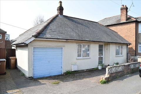 2 bedroom bungalow for sale - Alma Drive, Chelmsford