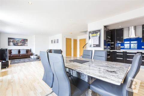 2 bedroom apartment for sale - Lynmouth Gardens, Chelmsford, Essex, CM2