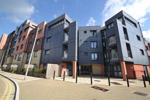 Studio for sale - Bramley Crescent, Apartment / Large Studio Flat, Ilford