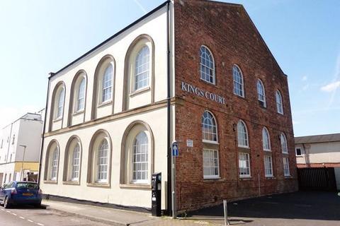 1 bedroom flat to rent - Flat 8 Kings Court King Street Cheltenham                    GL50 4AU