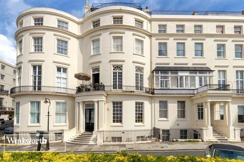 3 bedroom flat for sale - Eastern Terrace, Brighton, East Sussex, BN2