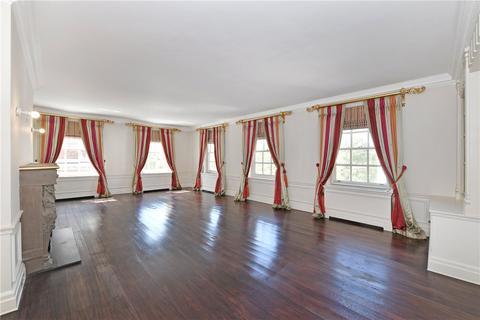 5 bedroom apartment to rent - Grosvenor Square, Mayfair, London, W1K