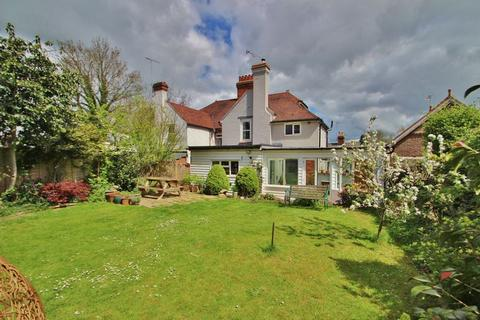4 bedroom semi-detached house for sale - Cranbrook Road, Hawkhurst