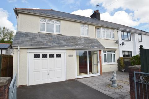4 bedroom detached house to rent - 3 Woodland Close