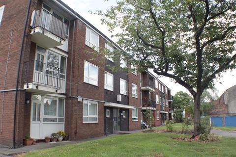 2 bedroom flat for sale - Pym Street, Eccles
