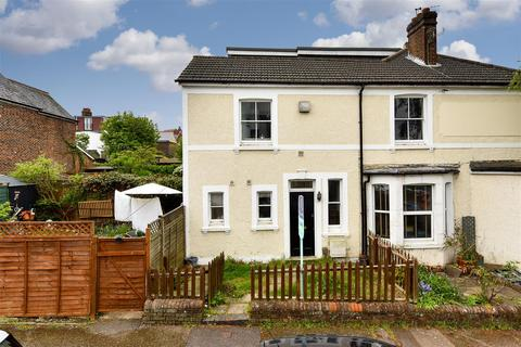 1 bedroom apartment for sale - Cornfield Road, Reigate
