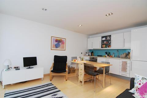 2 bedroom flat to rent - Richmond Road, Kingston Upon Thames