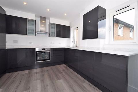 2 bedroom property to rent - Lesley Court, Loughton, Essex