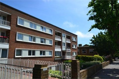 2 bedroom flat to rent - Palmeira Avenue, HOVE, BN3