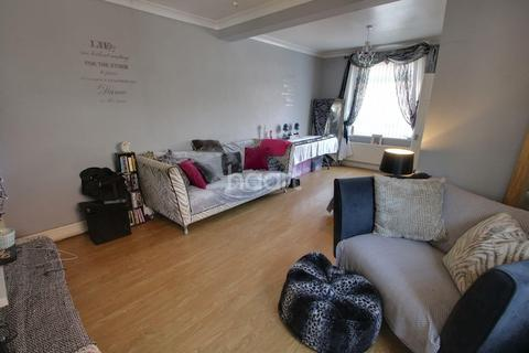 2 bedroom end of terrace house for sale - Lloyd Street, Newport, Gwent, NP19