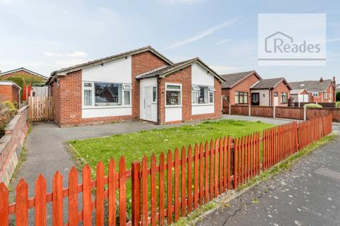 3 bedroom detached bungalow for sale - Dukesfield Drive, Buckley CH7 3