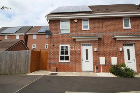 3 bedroom semi-detached house to rent - Lila Avenue