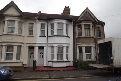 House share to rent - beach road, southend, essex SS1