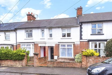 3 bedroom terraced house to rent - Alexandra Road, Basingstoke, Hampshire, RG21