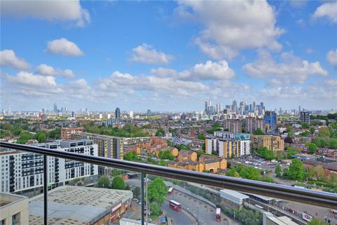 2 bedroom flat for sale - Sienna Alto, 2 Cornmill Lane, Lewisham, London, SE13